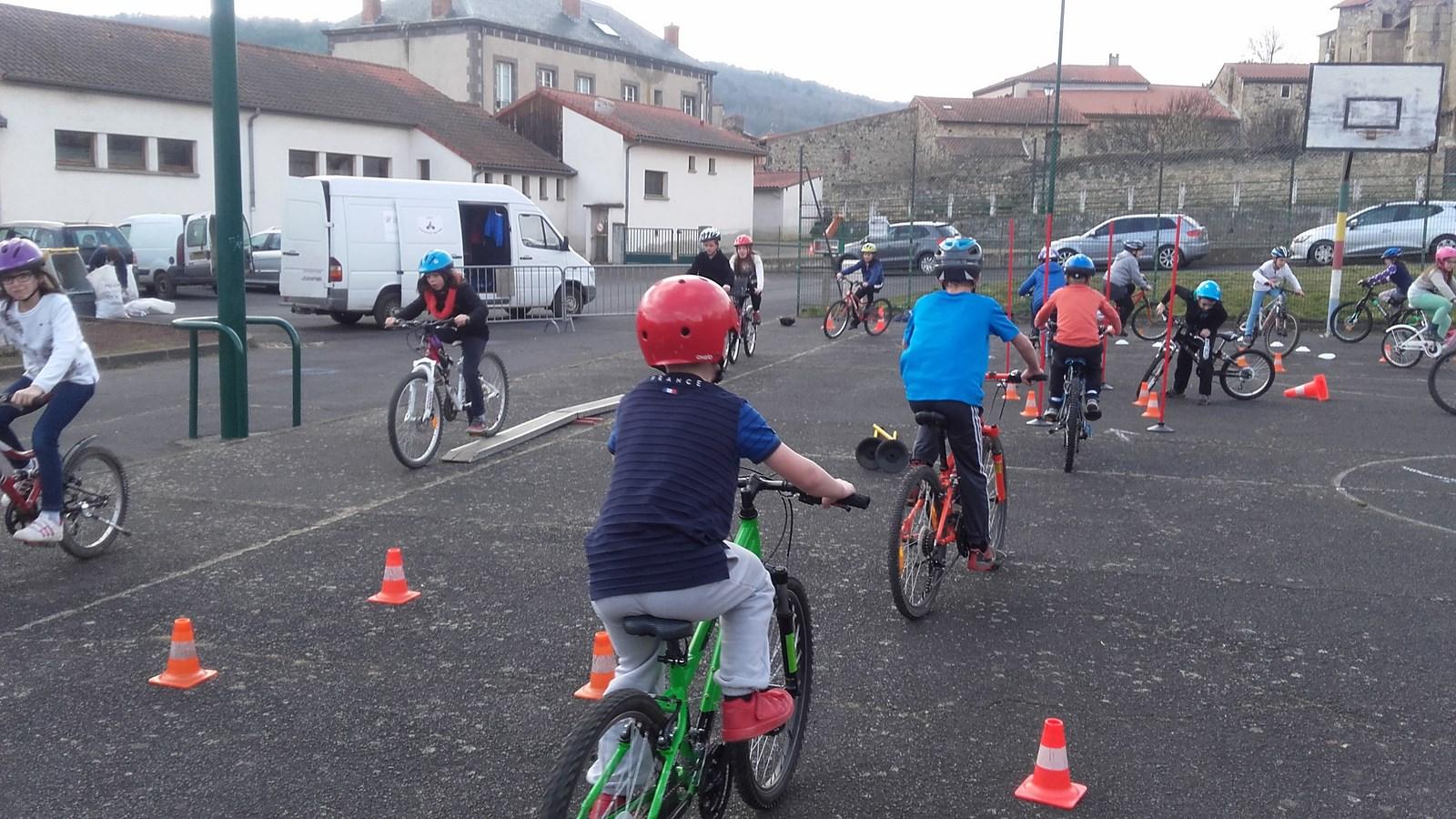 """Résultat de recherche d'images pour """"permis vélo écoles"""""""